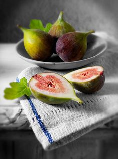 figs, by Paul Randall Williams