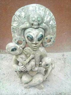 Increíble encontraron está pieza en una escabacion San Luis Potosí México Aliens And Ufos, Ancient Aliens, Ancient History, European History, American History, Art Alien, Ancient Astronaut Theory, Objets Antiques, Alien Artifacts