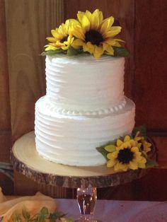 2 Tier Wedding Cakes, Country Wedding Cakes, Small Wedding Cakes, Wedding Cake Rustic, Wedding Cake Designs, White Buttercream, Buttercream Cake, Sunflower Cakes, Sunflower Wedding Cakes