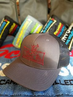 cffe613db85aa4 Peaceman Surfer Mesh Snapback Scotty Cameron Gallery Custom Shop Golf Hat  Charcoal Gray I would also