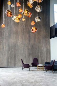 hotel lobby Tom Dixon MELT pendant cluster at the Fosshotel Glacier Lagoon Interior Design Blogs, Interior Inspiration, Interior Decorating, Cafe Interior, Design Interiors, Shop Interiors, Modern Interior, Luxury Lighting, Interior Lighting