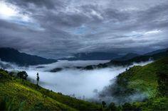 Manipur-Mizoram border  (Courtesy: Tourism Department, Government of Manipur, India)  KAPIL A®AMBAM: MANIPUR GALLERY