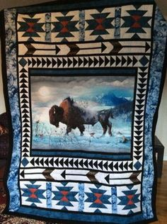 I really love this outstanding boho quilt Quilting Projects, Quilting Designs, Sewing Projects, Quilting Ideas, Wildlife Quilts, Southwest Quilts, History Of Quilting, Quilt Border, Animal Quilts