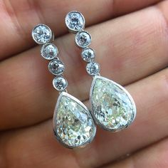 Perfect for a Saturday night affair Art Deco old mine pear shape drops that can make your heart skip a beat c1920. #underthecrown #artdeco #artdecoearrings #platinum #love #inlove #saturday #saturdaynight #glam #oldminepear #dropdeadgorgeous #beautiful #style #yesplease #forher #mystyle #thebest #earring #bling #feminine #gorgeous #vintage #stunning #stellar #vintagebride #reloved #sustainable #theknot #instagram #fashion