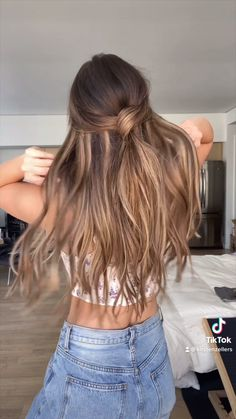 Hairdo For Long Hair, Cute Hairstyles For Medium Hair, Girl Hairstyles, Braided Hairstyles, Hair Down Hairstyles, Half Pony Hairstyles, Simple Hairstyles For Medium Hair, Casual Hairstyles For Long Hair, Hairstyle Pics