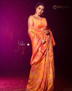 South Indian Actress PAYAL ROHATGI PHOTO GALLERY  | PBS.TWIMG.COM  #EDUCRATSWEB 2020-06-24 pbs.twimg.com https://pbs.twimg.com/media/EariIR4VAAATzBj?format=jpg&name=360x360