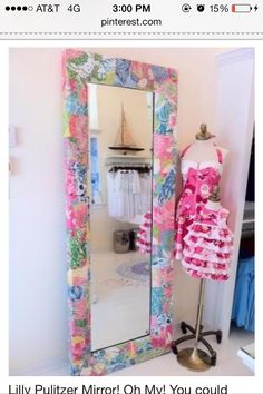 Lilly mirror