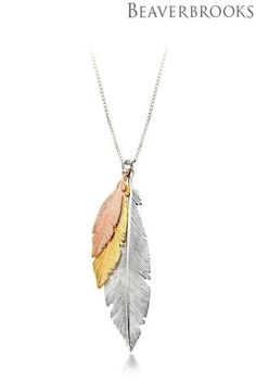 This beautiful triple feather necklace is THE perfect accompaniment to match your flawless party outfits this winter. Jewelry Accessories, Fashion Accessories, Jewelry Design, Women Jewelry, Feather Jewelry, Feather Necklaces, Gold Pendant, Pendant Jewelry, Dream Catcher Jewelry