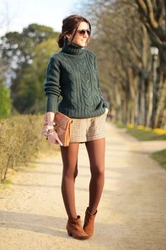 Green olive sweater - lovely pepa by alexandra threads юбка Shorts With Tights, Tights Outfit, Sweater And Shorts, Green Sweater, Sheer Tights, Jumper, Fall Shorts Outfits, Short Outfits, Casual Outfits