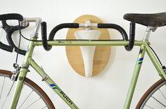 ライディングトロフィー!?いらないパーツで作るバイクラック | サイクリング速報