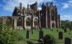 A itinerary along the Borders Railway route, taking in Edinburgh, Midlothian, Scottish Border. Experience it with the Spirit of Scotland Travelpass! Glasgow, Melrose Abbey, Urquhart Castle, England Ireland, Thing 1, Beautiful Buildings, Great Britain, Night Life, National Parks