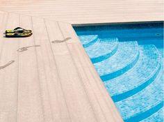 Product NBD - Deceuninck Twinson O-Terrace terrasplanken bestaan uit een composiet van 50% hard-PVC en 50% houtstof. Door deze combinatie van pvc en hout zijn de Twinson O-Terrace terrasplanken waterbestendig, robuust en onderhoudsarm. Niet schrobben, gewoon een duik nemen!