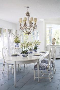 A kék fehér floridai otthon