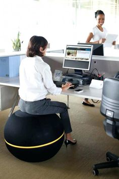 Stability Ball Desk Chair - Diy Stand Up Desk & technogym active sitting: exercise ball vs office chair | Exercise ...