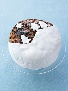 Easy-action christmas cake