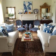 Anna-Kristin's Blue Velvet Living Room — Favorite Rooms | Apartment Therapy