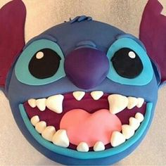 lilo and stitch cake Cupcakes, Cake Cookies, Cupcake Cakes, Kid Cakes, Lilo And Stitch Cake, Lilo Und Stitch, Lilo Disney, Stitch Disney, My Birthday Cake