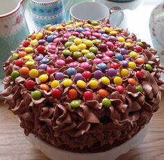 Barnevennlig sjokoladekake med sjokoladekrem med O'boy Cupcake Recipes, Dog Food Recipes, Cupcake Cakes, Cupcakes, Chocolate Cream, Chocolate Cakes, Caramel Apples, Nom Nom, Food And Drink
