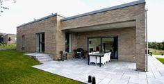 Funkis - Lasse Larsen Byg Facade, House Plans, Patio, Outdoor Decor, Home Decor, Decoration Home, Terrace, Room Decor, Porch