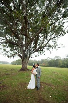 Elegant Ranch Wedding { Oahu } - Modern Weddings Hawaii : Bridal Inspiration