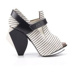 Abcense Obtuse H B&w Stripes Calf Hair Booties (765 AUD) ❤ liked on Polyvore featuring shoes, boots, ankle booties, ankle boots, booties, обувь, black and white, peep toe platform bootie, platform bootie and peep-toe booties