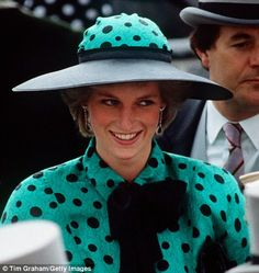 Ascot in 1986 - The hats that made Diana feel like a Princess | Daily Mail Online