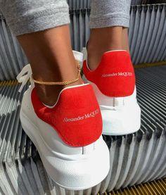 Alexander Mcqueen Sneakers, Alexander Mcqueen Baskets, Sneakers Mode, Custom Sneakers, Sneakers Fashion, Shoes Sneakers, Adidas Sneakers, Dream Shoes, New Shoes
