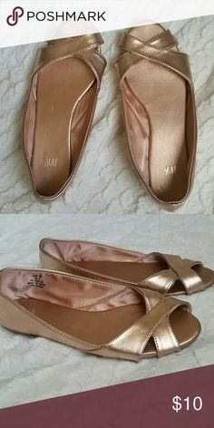 H&M Flats Shimmery Pink Open Toe Flats. Gently worn a few times. Size 6 or 36 H&M Shoes Flats & Loafers