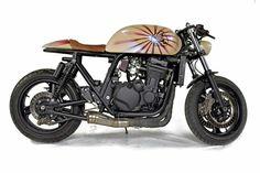 Kawasaki ZRX 1100 café racer Garage Cafe, Café Racers, Bobbers, Scrambler, Motorcycle, Vehicles, Cafes, Motorcycles, Car