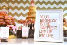 We can't get enough of these modern party printables from #PrettiestPrintShop! #PNapproved
