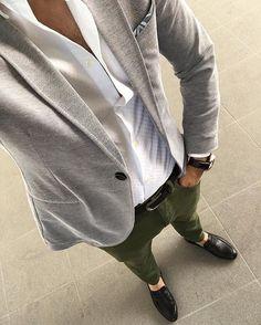 Black-Noble için Stil Önerisi TR:225 ₺ Shop at www.faruksaginstore.com WA: +90 549 737 8117 worldwide shipping Follow @faruksagin_blog for more fashion