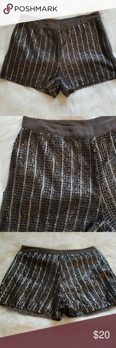 NWOT sequin shorts Beautiful Brand-new without tags sequin shorts. Zippers on the side Forever 21 Shorts