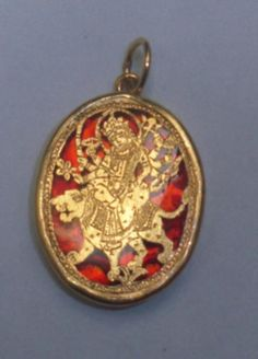 "Pendant from Small district of Rajasthan, India - Art form Callled ""Thewa"" gold engraving work on glass"