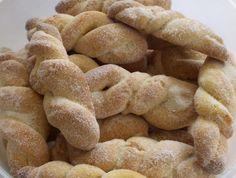 Biscoitos Amanteigados com raspas de limão. Anote a receita dessa delícia de Minas!