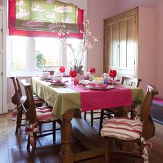 Pink and lime dining room
