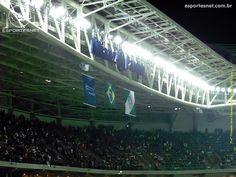 Bandeiras no Allianz Parque.  www.esportesnet.com.br