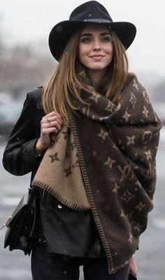 Chiara Ferragni's Louis Vuitton scarf at NYFW.