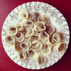 Mushroom Tortellini with Wild Mushroom Stuffing Soup _ very Polish Polish Recipes, Polish Food, Mushroom Soup Recipes, Mushroom Fungi, Daiquiri, Dim Sum, Southern Recipes, Mole, Kitchen Recipes