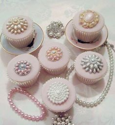 Bling Cupcakes-when I do a pretty ladies party in my room