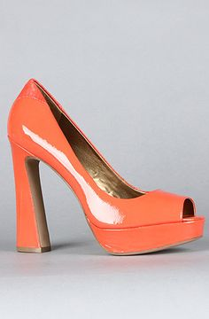 The Tacoma Shoe in Flamingo Patent by Sam Edelman // love the funky heel!