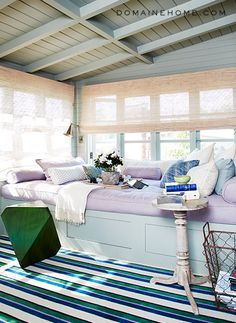 LOVE this window seat! Bravo stars Jeffrey Alan Marks and Ross Cassidy's bedroom window seat complete with an army of pillows. Nantucket, Domaine Home, Les Hamptons, Sleeping Porch, Cozy Nook, Cosy Corner, Lund, Built In Bench, Porches
