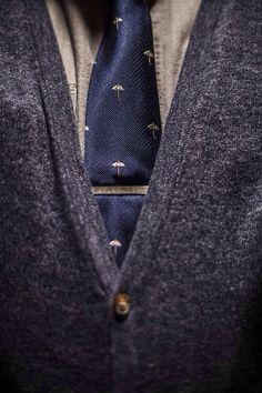 Rainy day tie