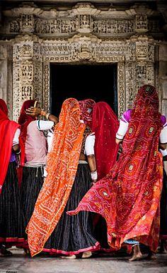 Ranakpur jain temple - India ॐ ✫ ✫ ✫ ✫ ♥ ❖❣❖✿ღ✿ ॐ ☀️☀️☀️ ✿⊱✦★ ♥ ♡༺✿ ☾♡ ♥ ♫ ♪ ♥❀ ♢♦ ♡ ❊ ** Have a Nice Day! ** ❊ ღ‿ ❀♥ ~ Wed 21st Oct 2015 ~ ~ ❤♡༻ ☆༺❀ .•` ✿⊱ ♡༻ ღ☀ᴀ ρᴇᴀcᴇғυʟ ρᴀʀᴀᴅısᴇ¸.•` ✿⊱╮