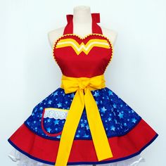 Made to Order-Wonder Woman Apron Retro Apron, Vintage Apron, Sewing Projects, Sewing Crafts, Sewing Ideas, Cool Aprons, Dress Up, Apron Dress, Sewing Aprons