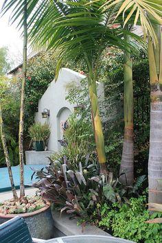 King palms and bromeliads by David Feix Landscape Design, via Flickr
