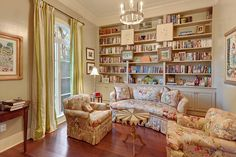 This home library can serve as a great escape. Baton Rouge, LA Coldwell Banker One
