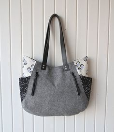 241 Tote bag in Cotton and Steel and Black Essex by bluecalla