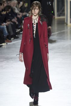 Christopher Kane Fall 2016 Ready-to-Wear Fashion Show - Lia Pavlova