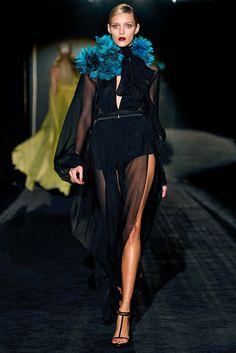 Gucci Fall 2011 Ready-to-Wear Fashion Show - Anja Rubik