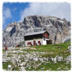 #rifugio locatelli alle #trecime #dreizinnen #dobbiaco #toblach #lavaredo  #cadore #ig_veneto #valpusteria #pustertal #sudtirol #altoadige #photographer #travel  #montagna #mountains  #igersfc #igersemiliaromagna #ig_forli_cesena #ig_emiliaromagna #ig_rimini_  #ig_emilia_romagna #ig_sudtirol #ig_trentinoaltoadige #dolomiti #dolomites #my_dolomiti #vivoemiliaromagna #vivocesena #vivoitalia #vivorimini